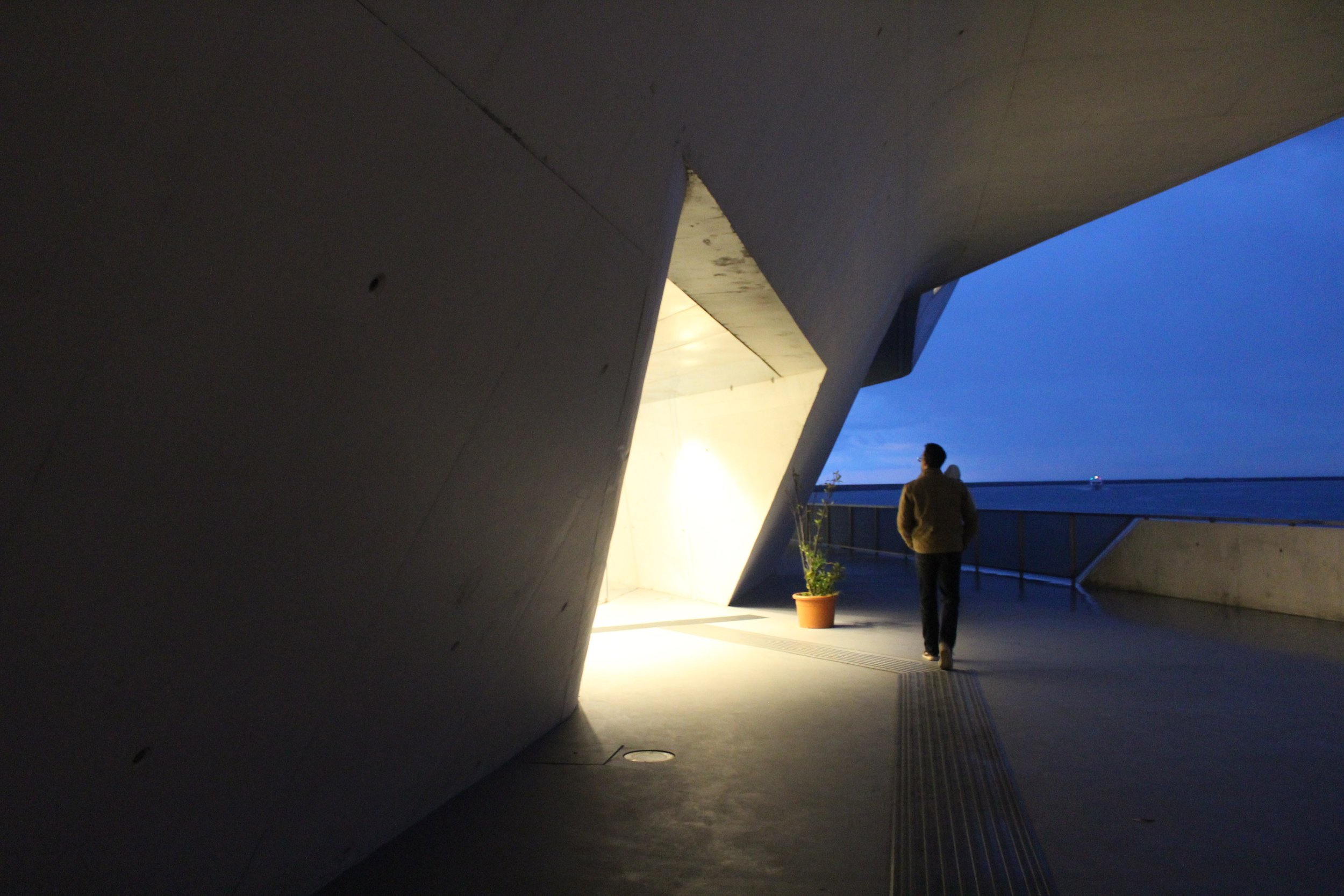 Exploring Hadid's Salerno ferry terminal in the evening