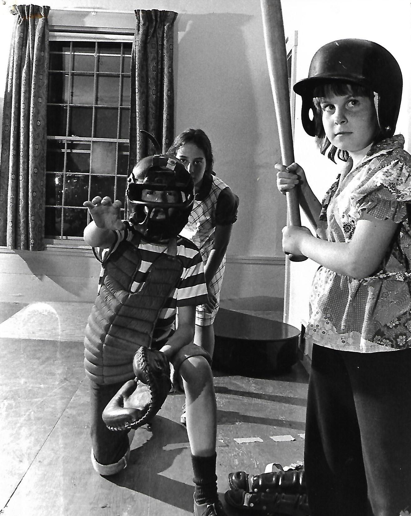 (Left to Right) Ken McClelland (Schroeder), Kara Leel (Violet), Deanna Smith (Peppermint Patty)