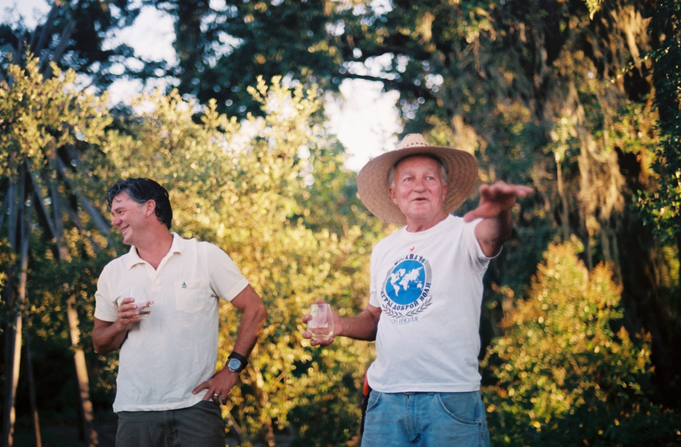 Ken Boek (right)'Father Earth' - has been working on the vineyard over twenty years and knows everything there is about mother nature. #35mm #film