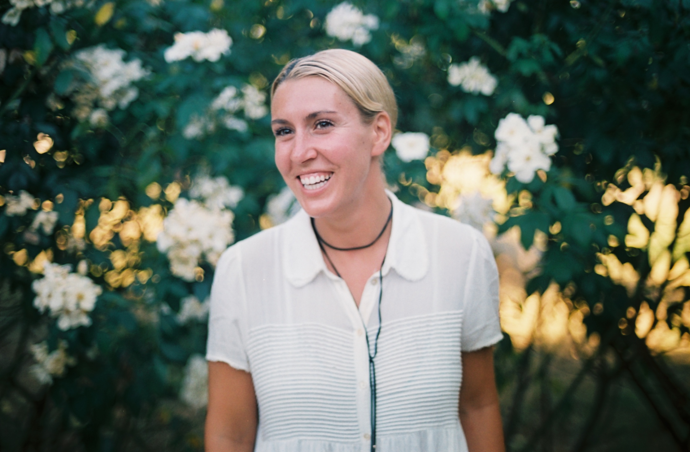 Alex is a Vancouver based entrepreneur and yoga teacher, founder of  Girlvana Yoga  and co-owner of  Distrikt Movement . She is a lady on a mission to help women come together and rise. #35mm #film