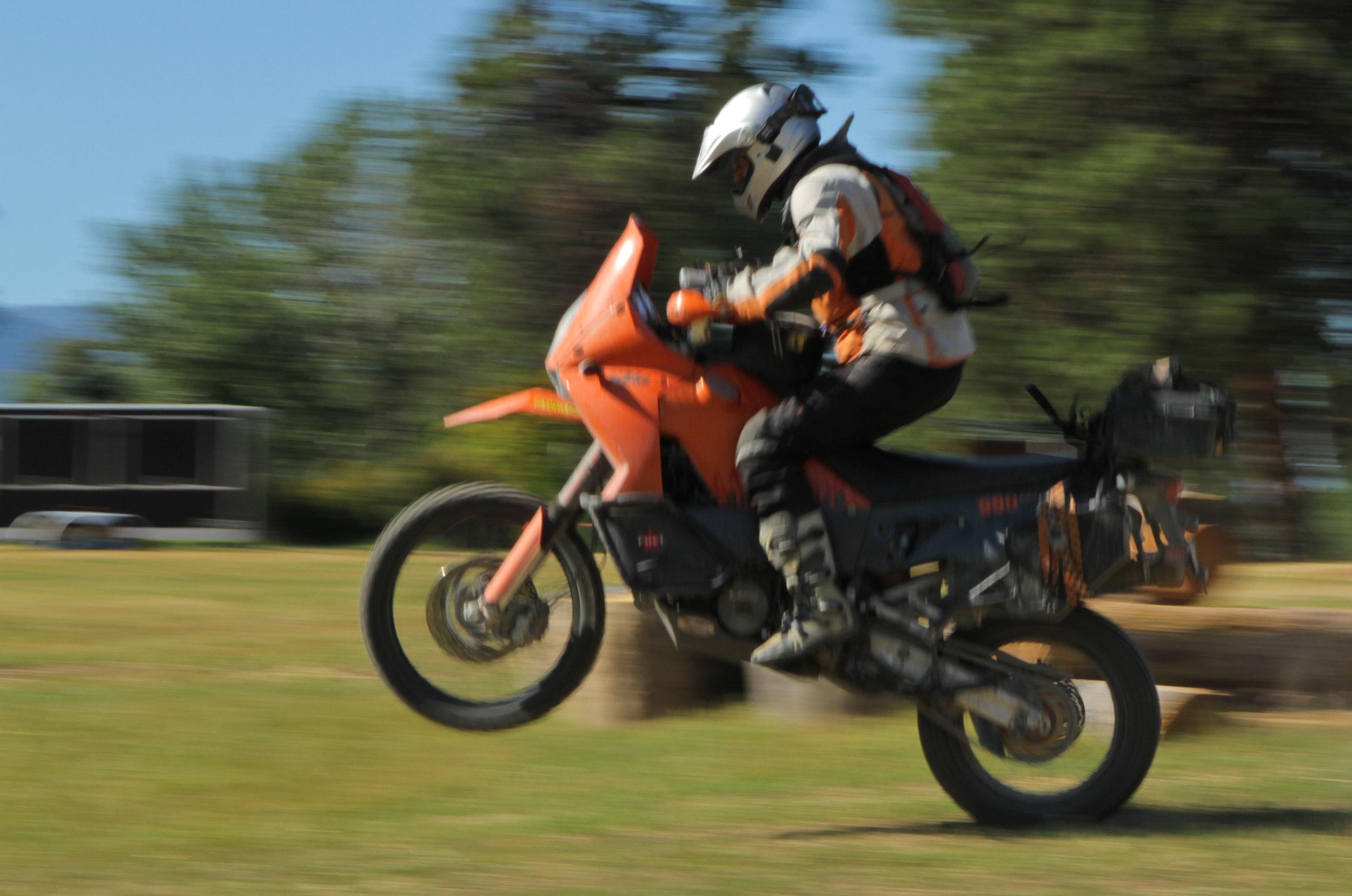 Diek fast wheelie.jpg