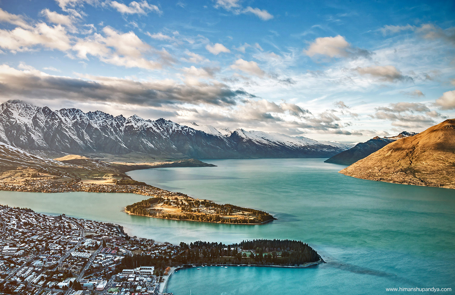 NEW ZEALAND  back to  PLACES