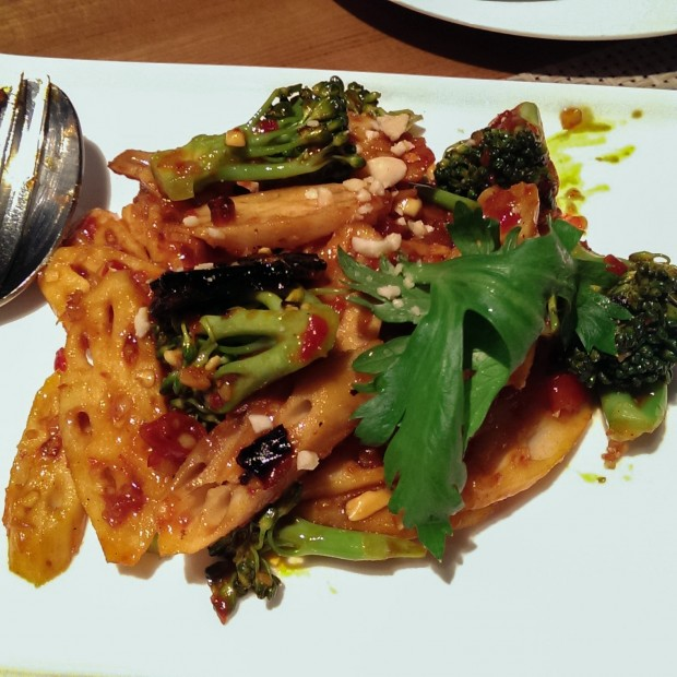 Lotus Root and Broccoli in Sweet Chilli Sauce with Peanut