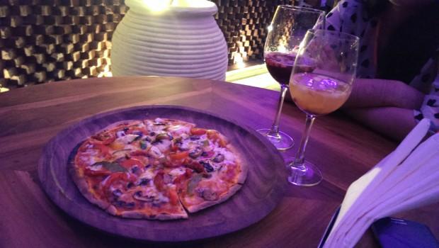 Mixed Veg Pizza @ LeMangii, Kamla Mills, Lower Parel