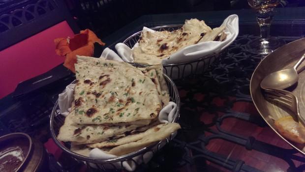 Roti, Naan and Kulcha @ Majestic Masala, Tuli Imperial, Nagpur