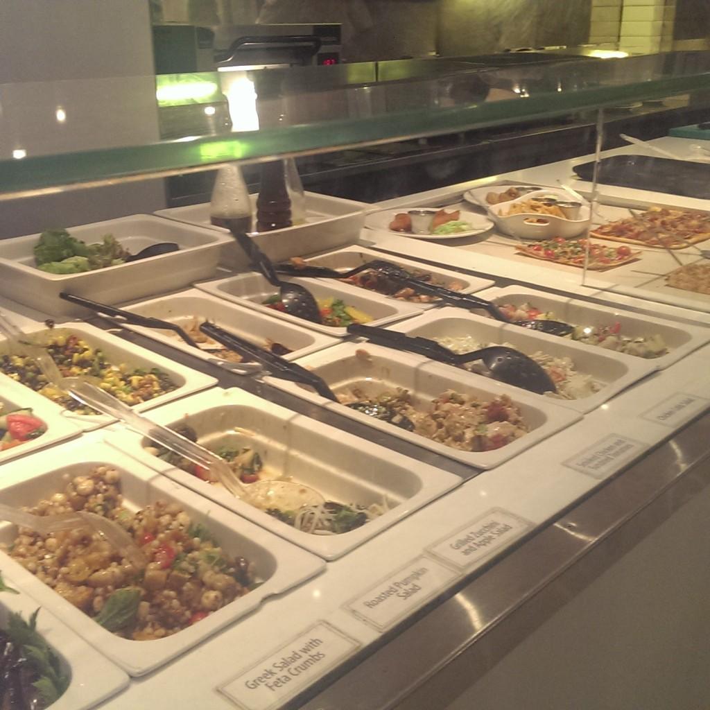 salad-bar-eat-around-the-corner.jpg