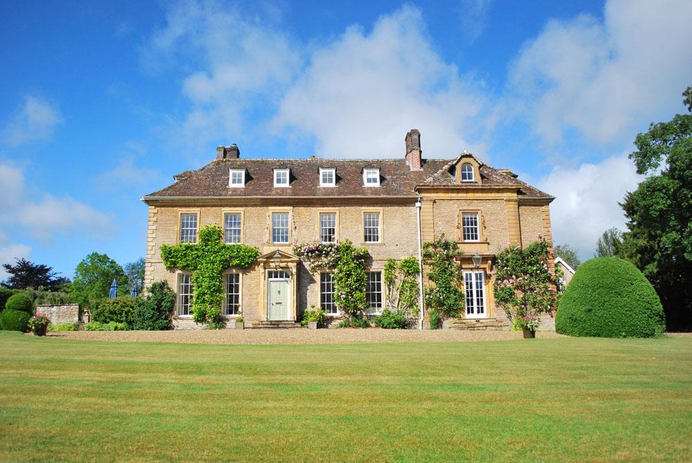 The-Grange-exterior.jpg