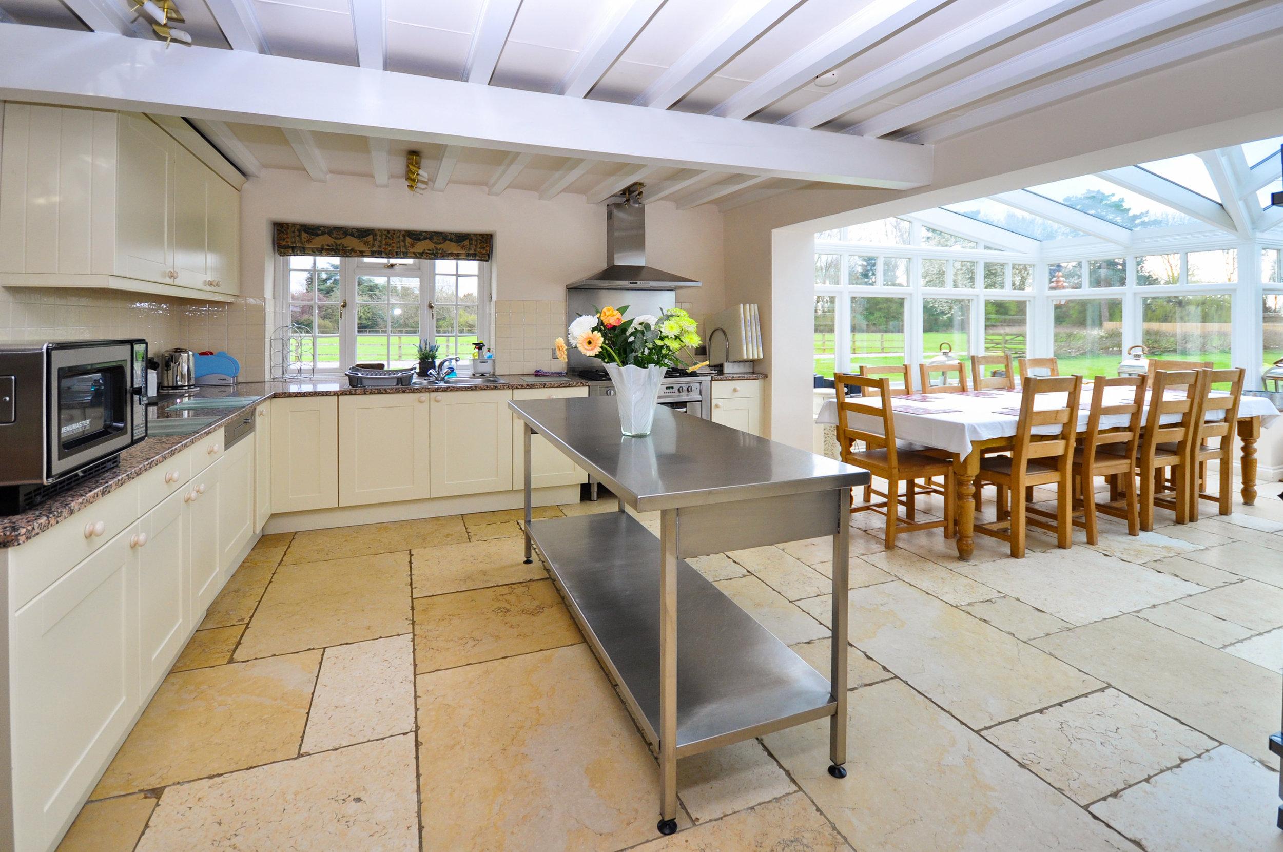 Kitchen 2 HR.jpg