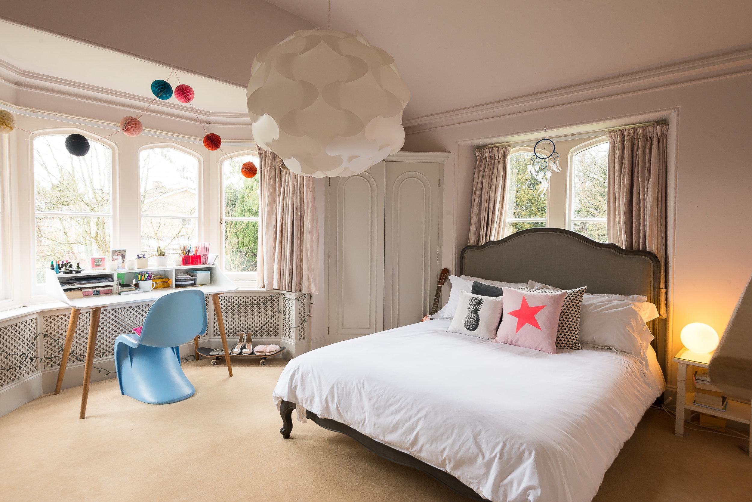 Pineapple bedroom.jpg