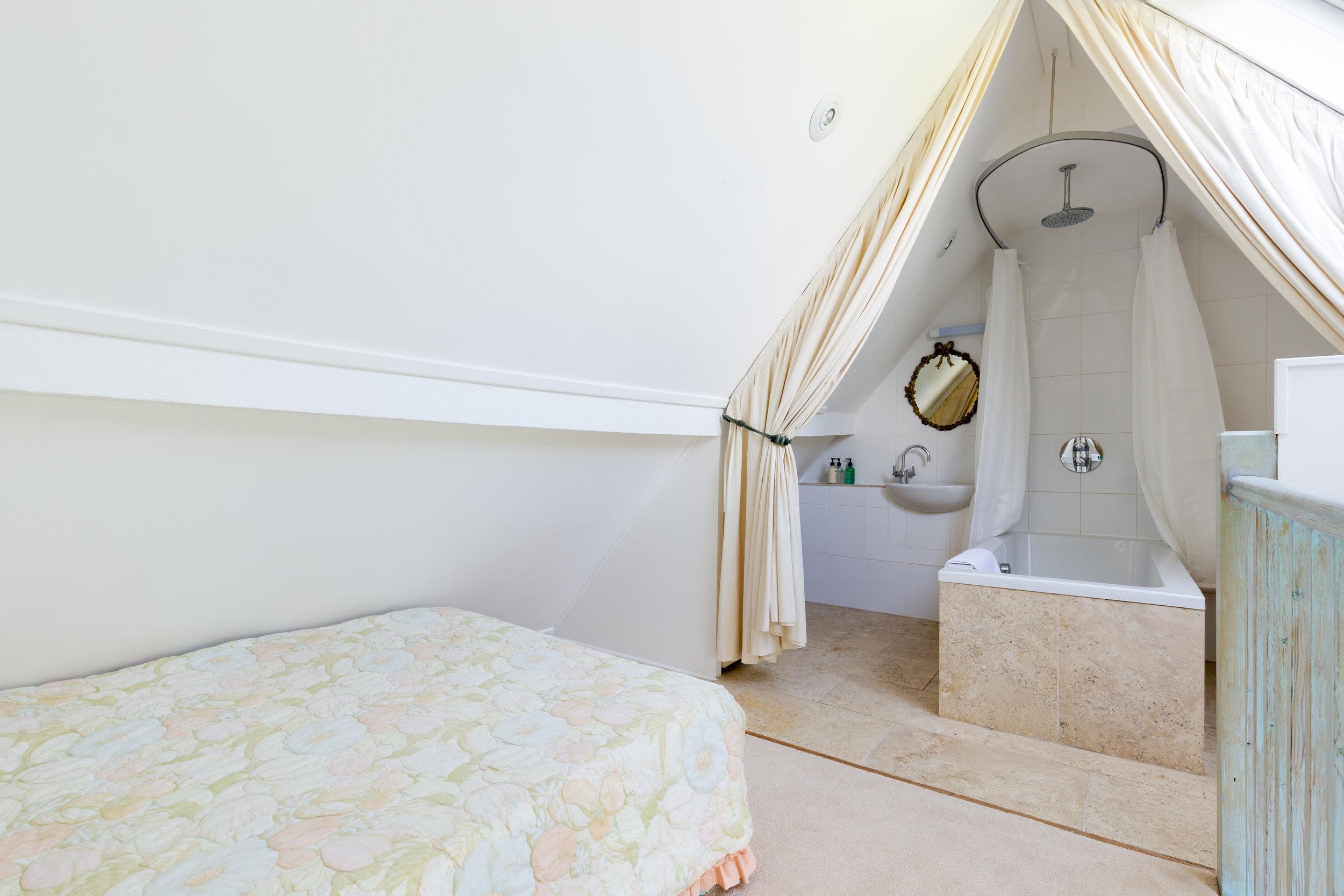 Dovecote bathroom(1).jpg