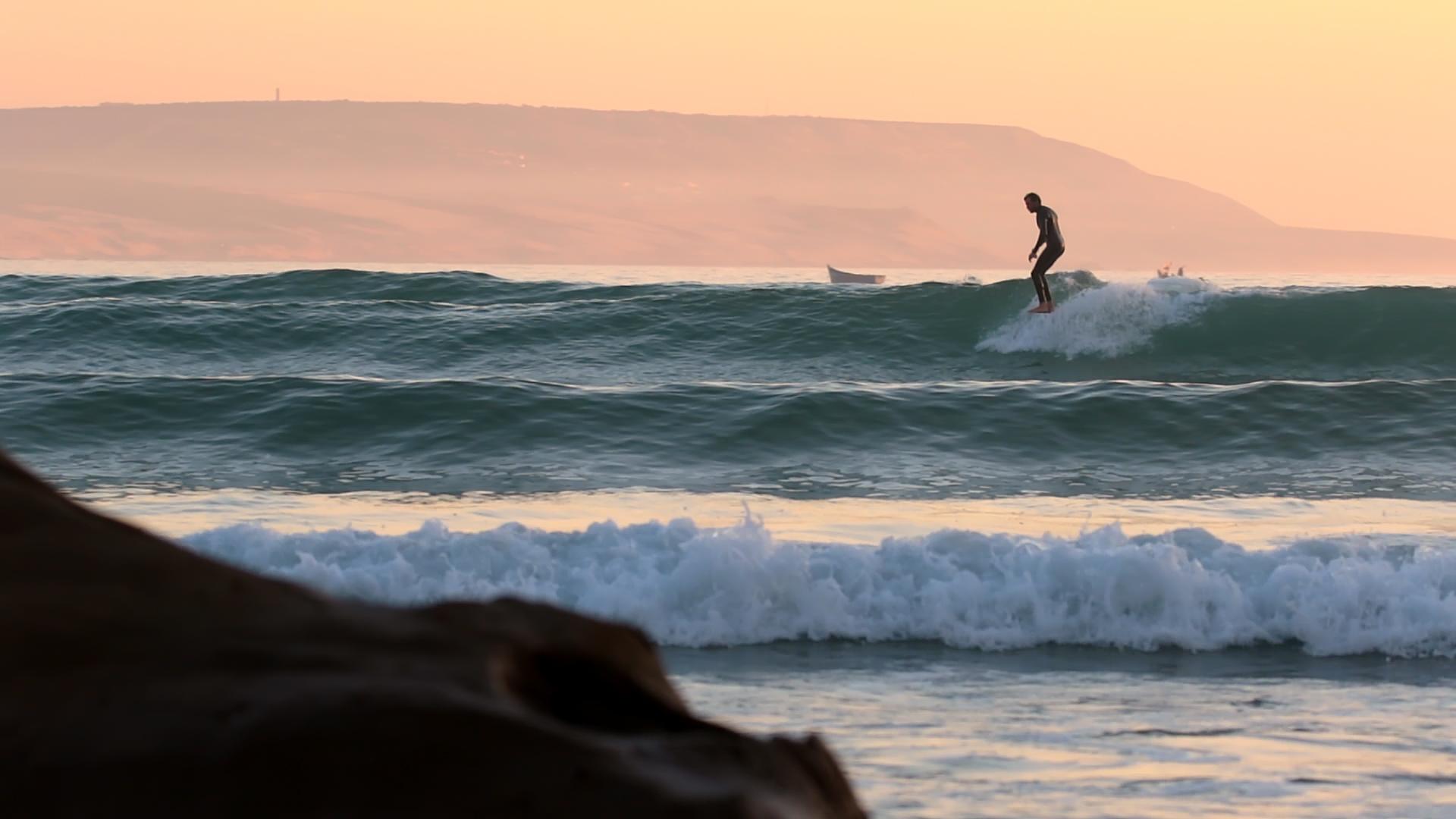 Sliding_Sunset_HangTen_Larga_Basso.jpg