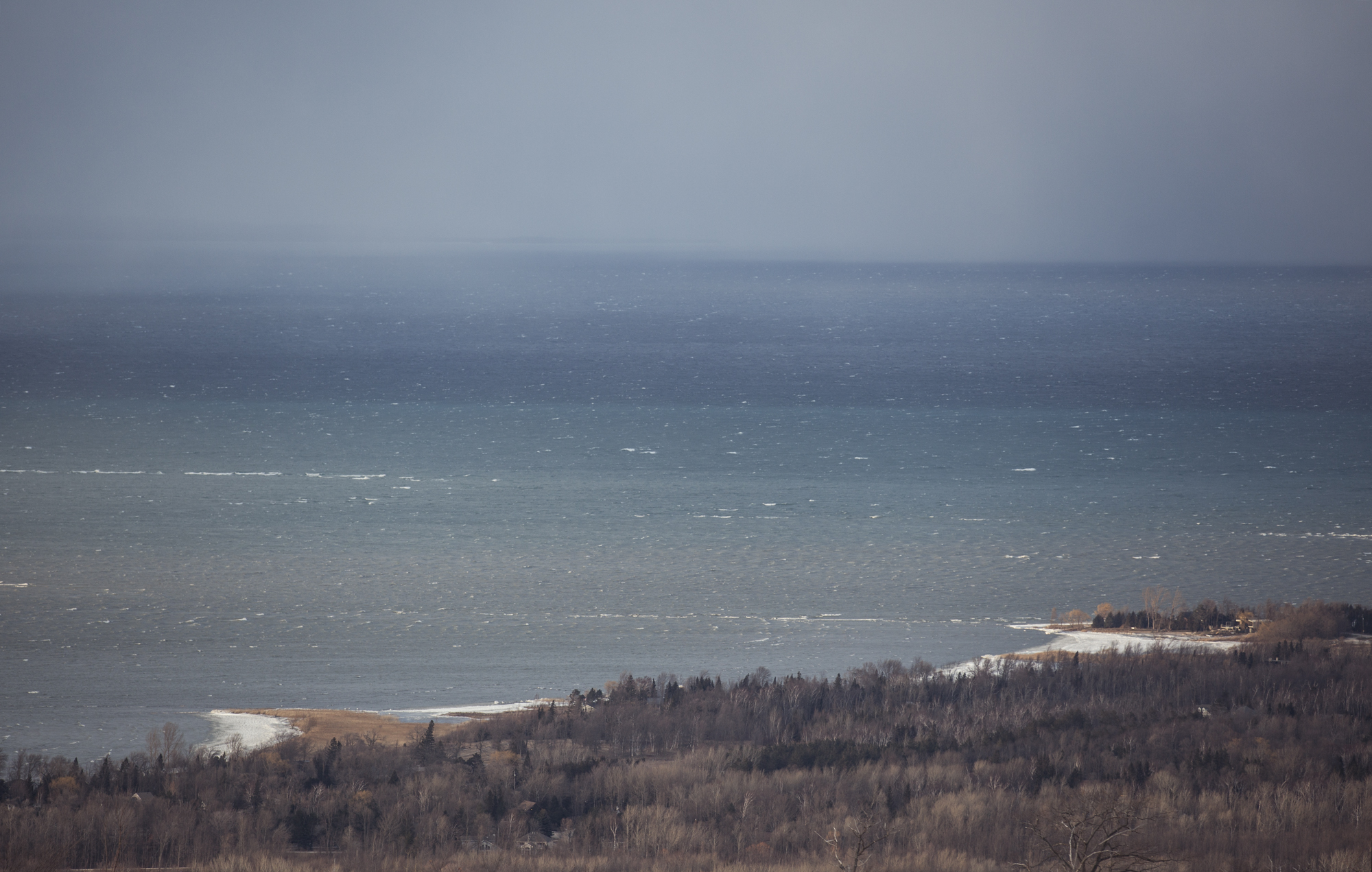 Surfing_the_Great_Lakes_Ontario_Alexandra_Coté_Durrer6.jpg
