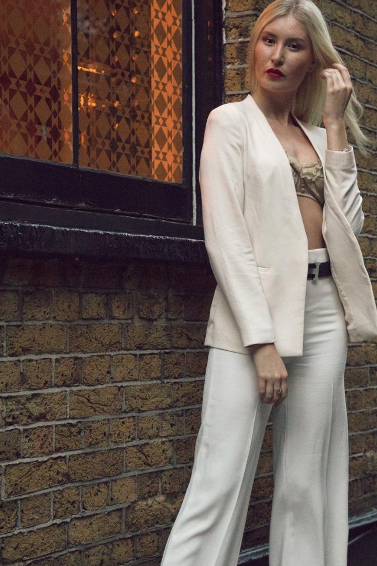 Blogger photographer fashion photoshoot