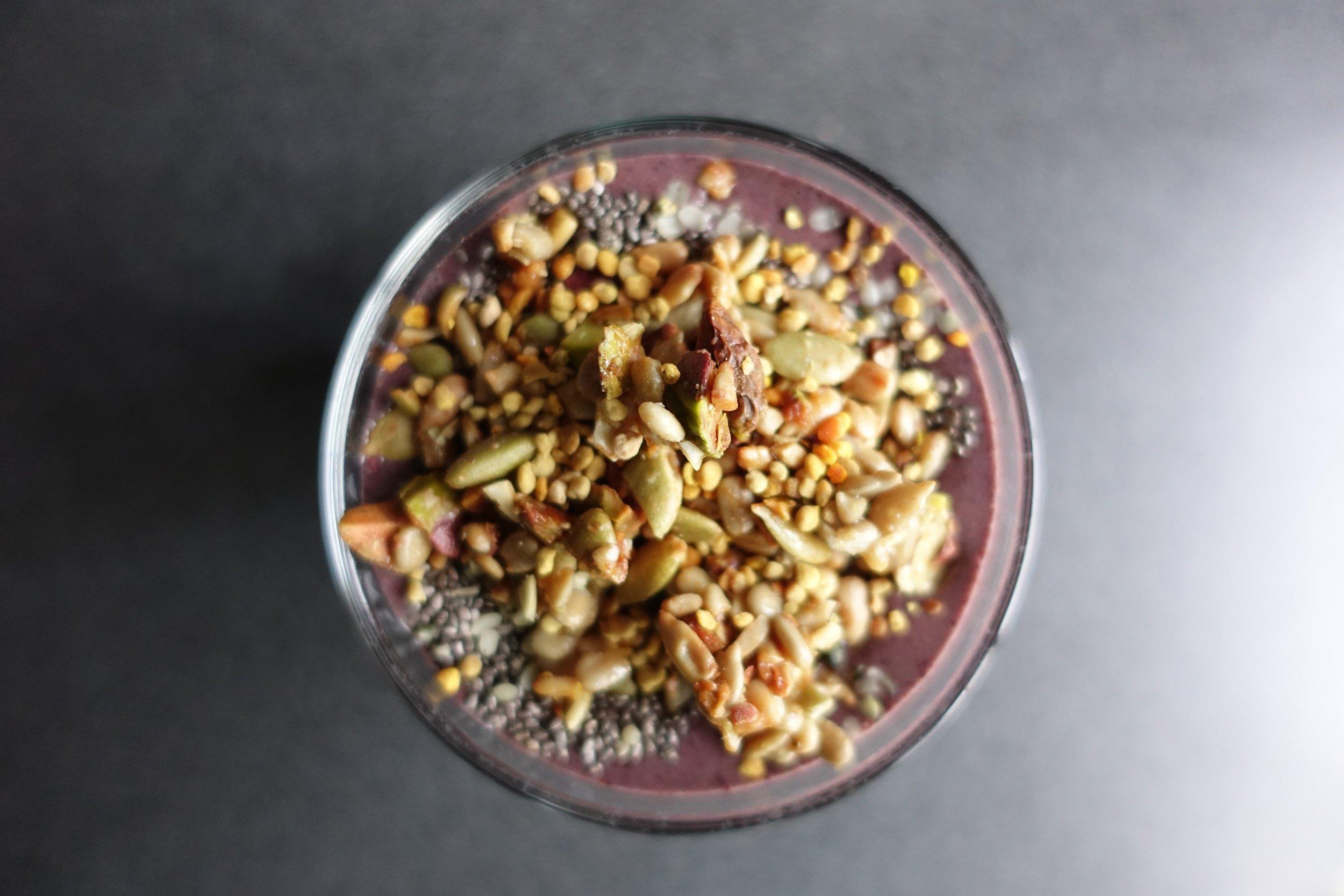 spinach+blueberry+smoothie.jpg