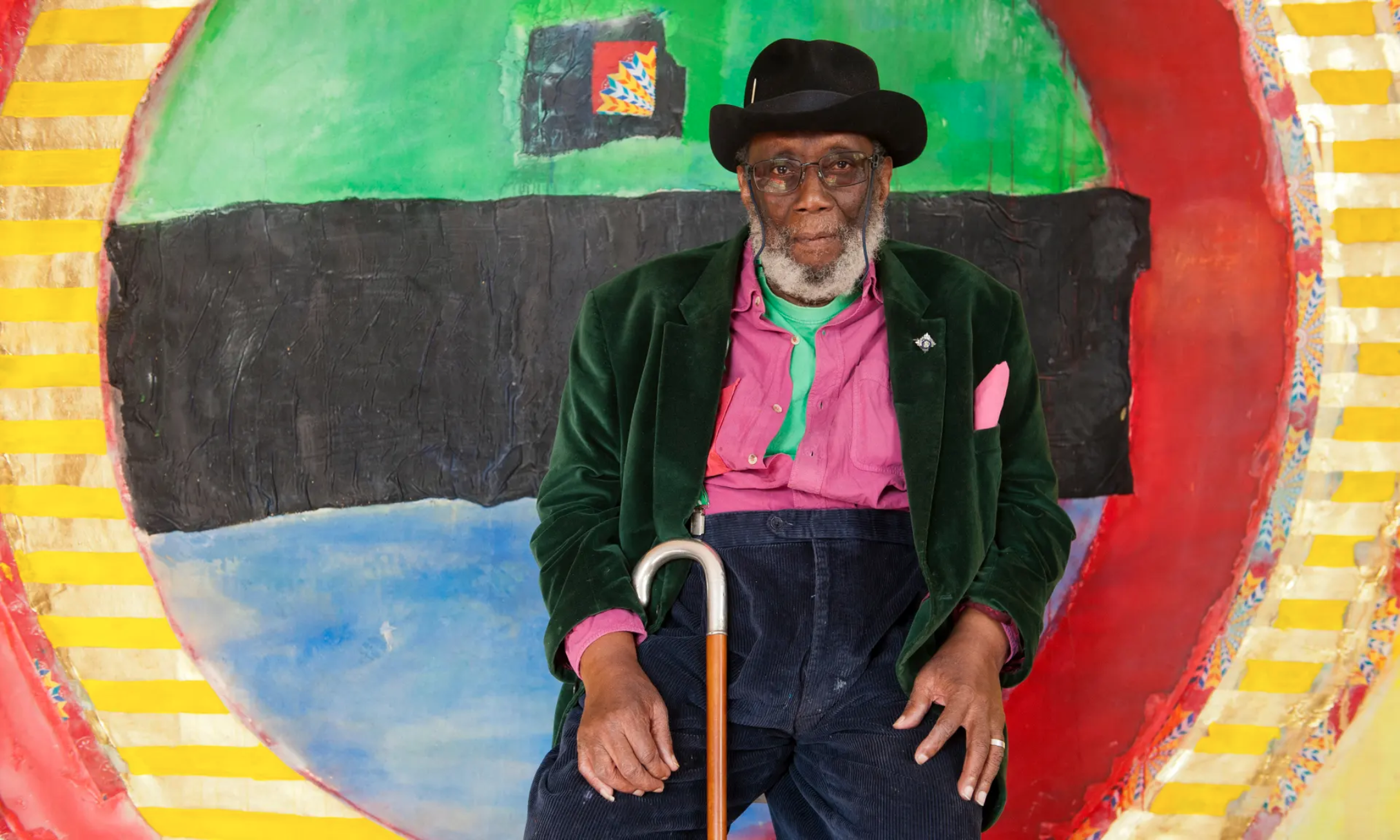 Frank Bowling the artist in his studio in South London via Jill Mead, the Guardian 👨��🎨