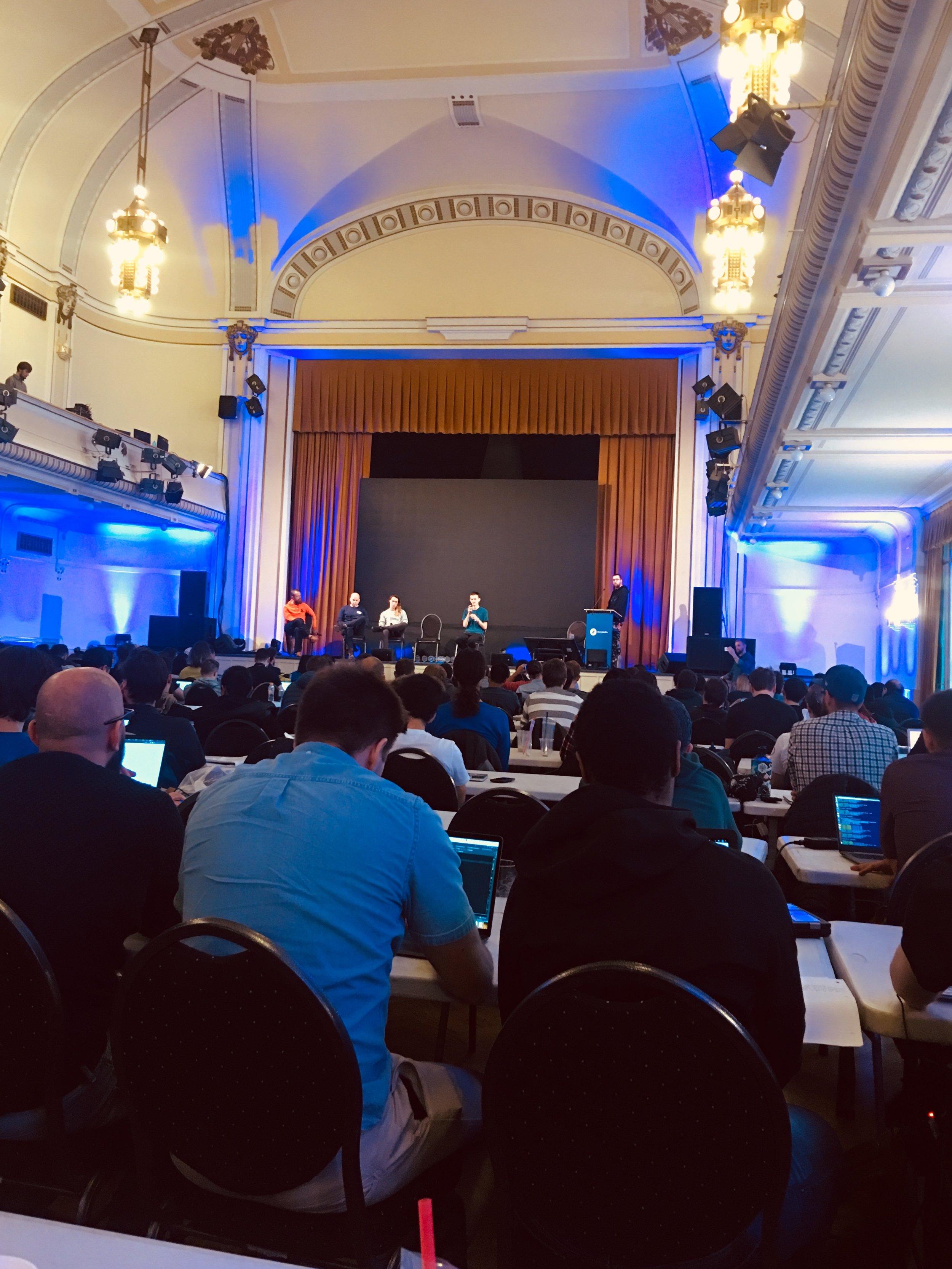 Vitalik talks shop at Status.im hackathon