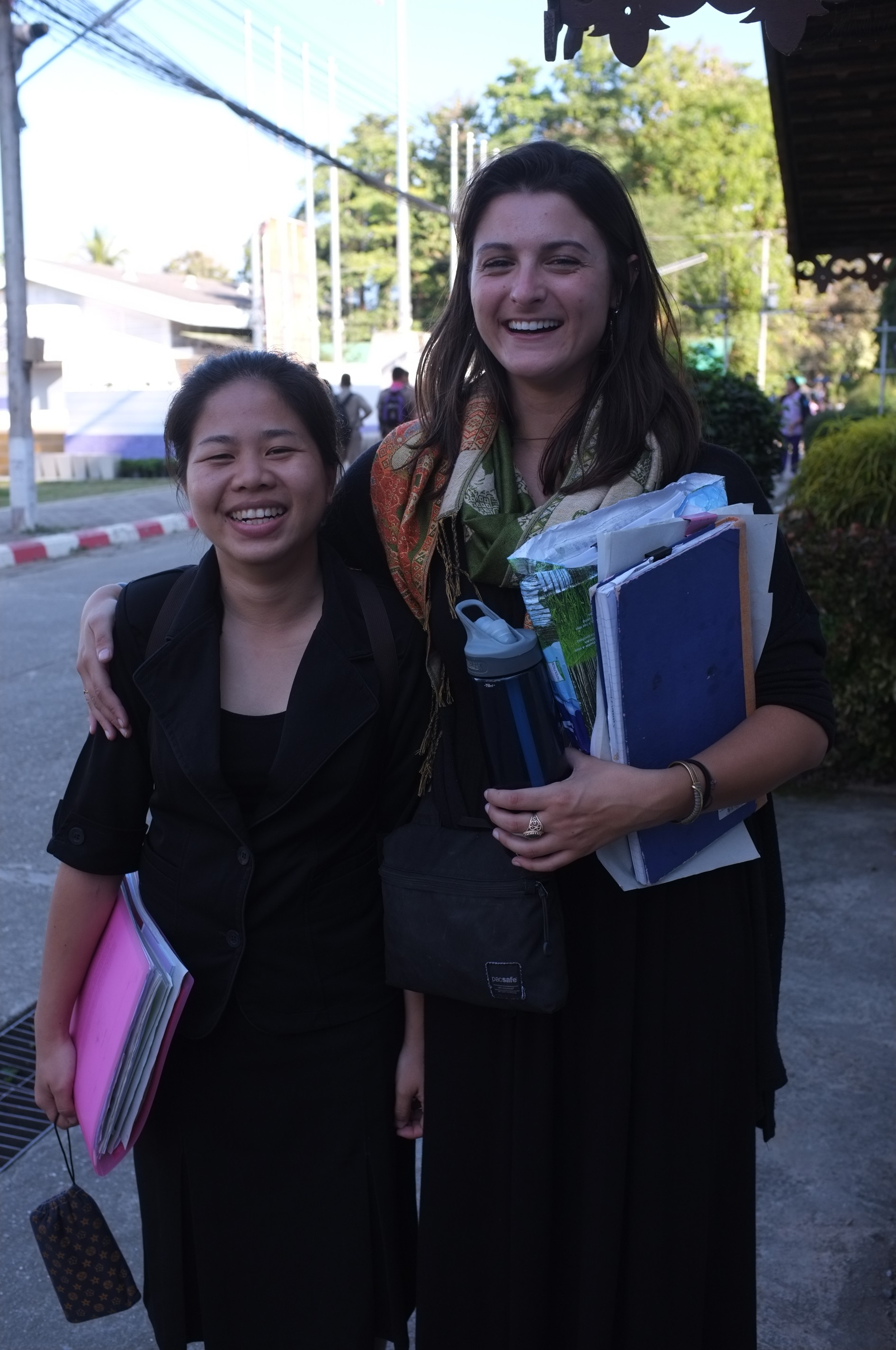 Marissa and Biw, a Thai teacher. Marissa is small and isn't particularly tall. Thai people are just so little.