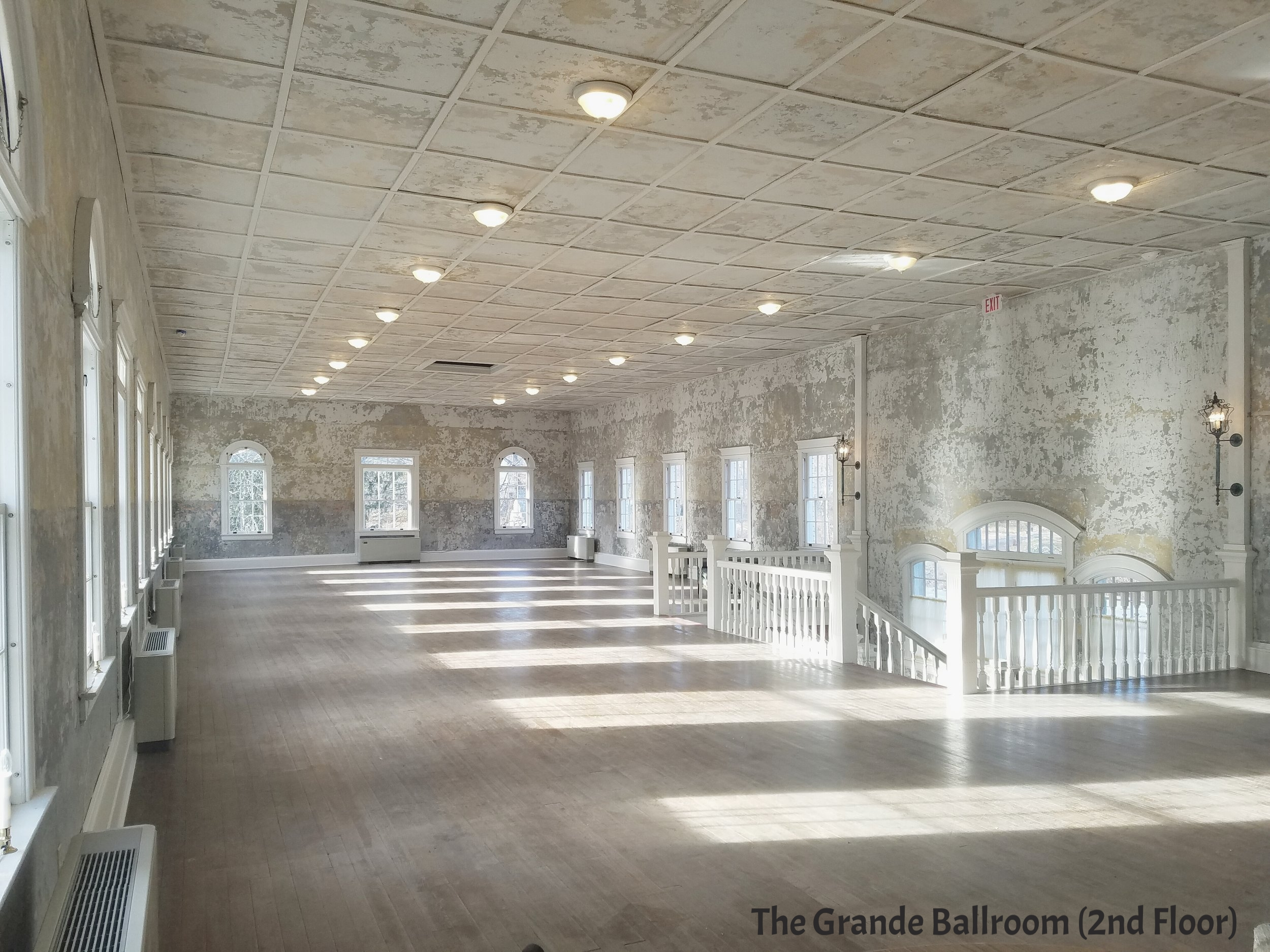 Grande Ballroom (2nd level)