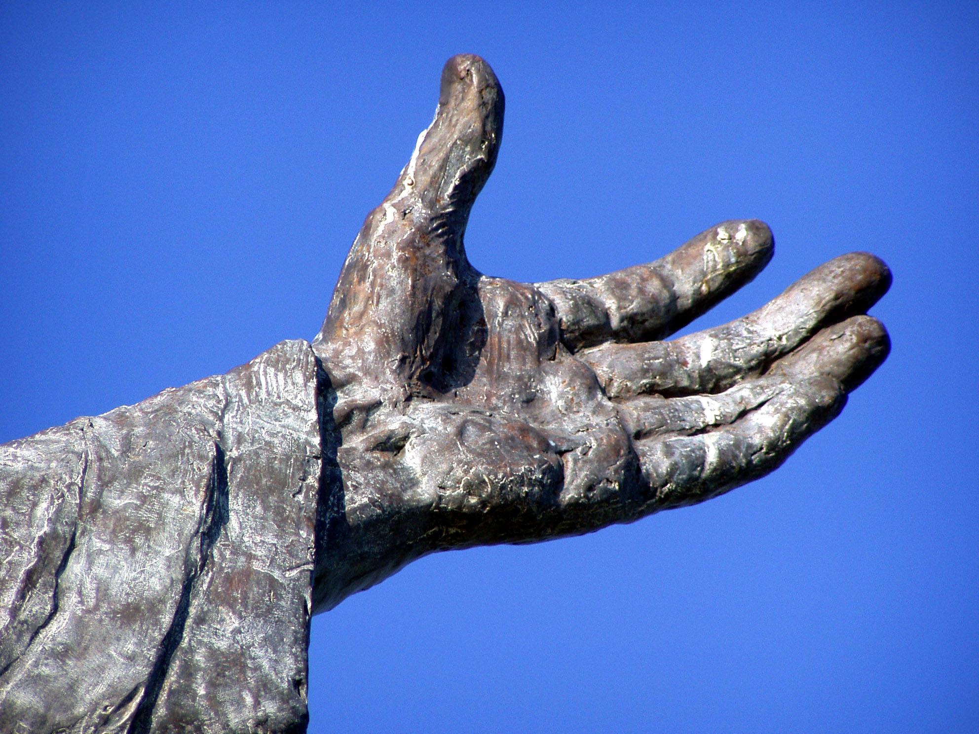 statue, hand.jpg