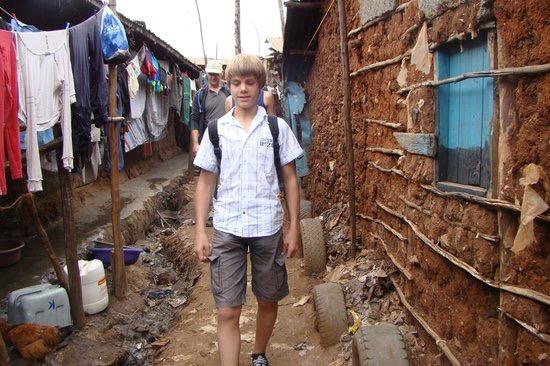 victoria-safaris-kibera.jpeg