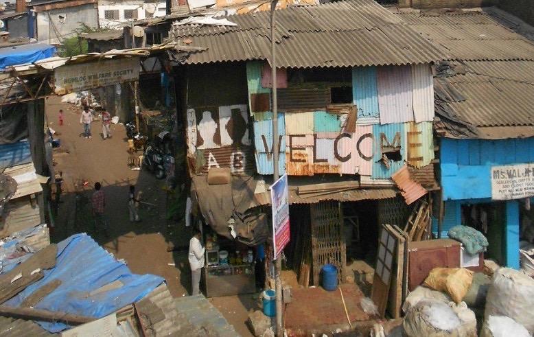 slum-tourism-Dharavi-Mumbai.jpeg