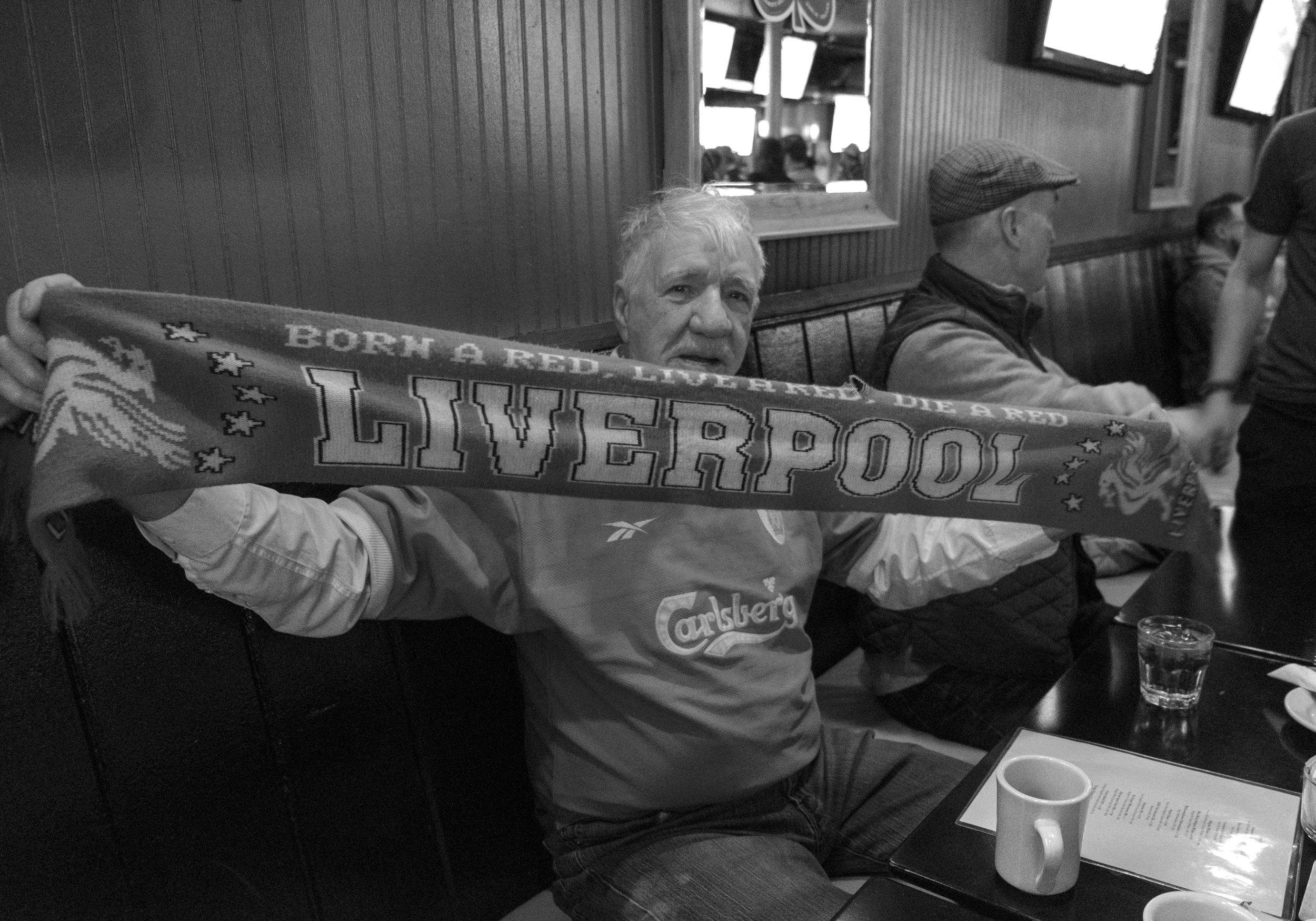 janette-beckman-lfc-supporter-scarf-liverpool.jpg