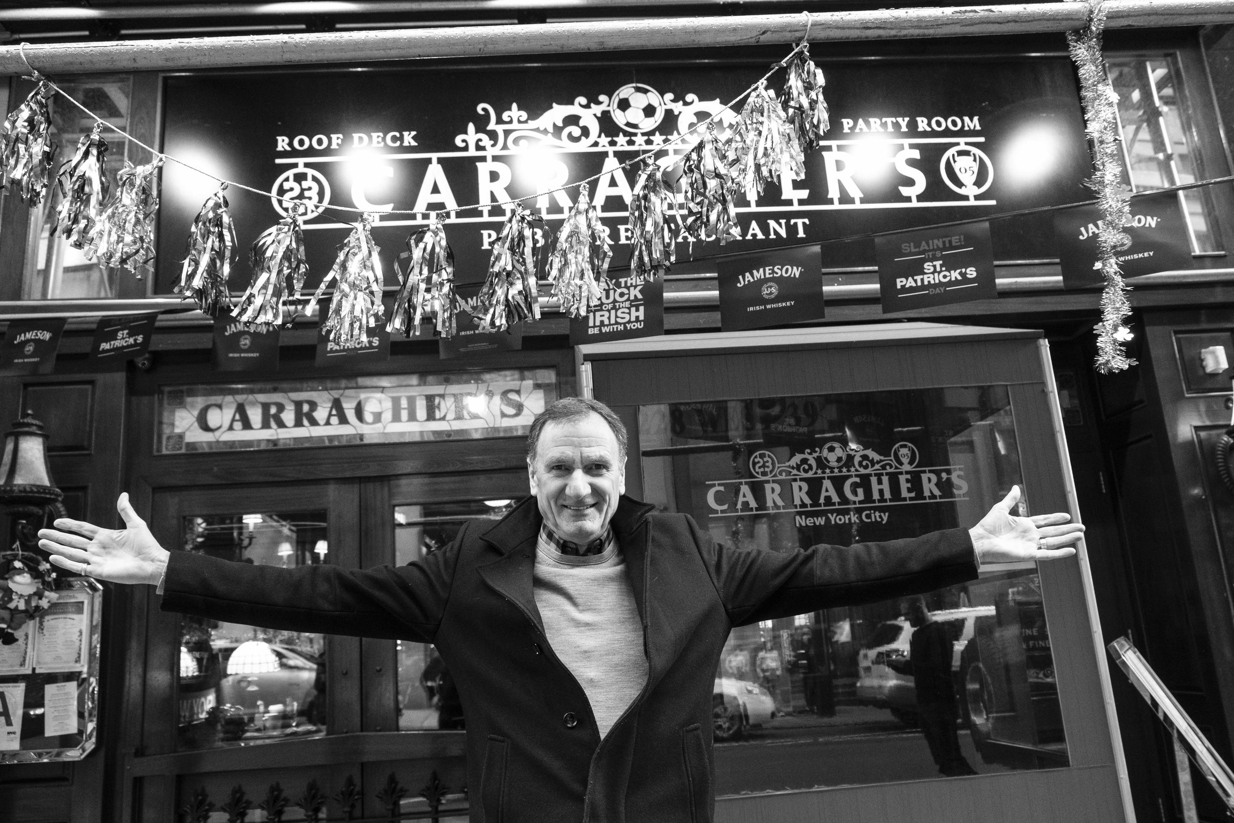 """""""Thommo"""" at Carragher's New York City on St. Patrick's Day"""