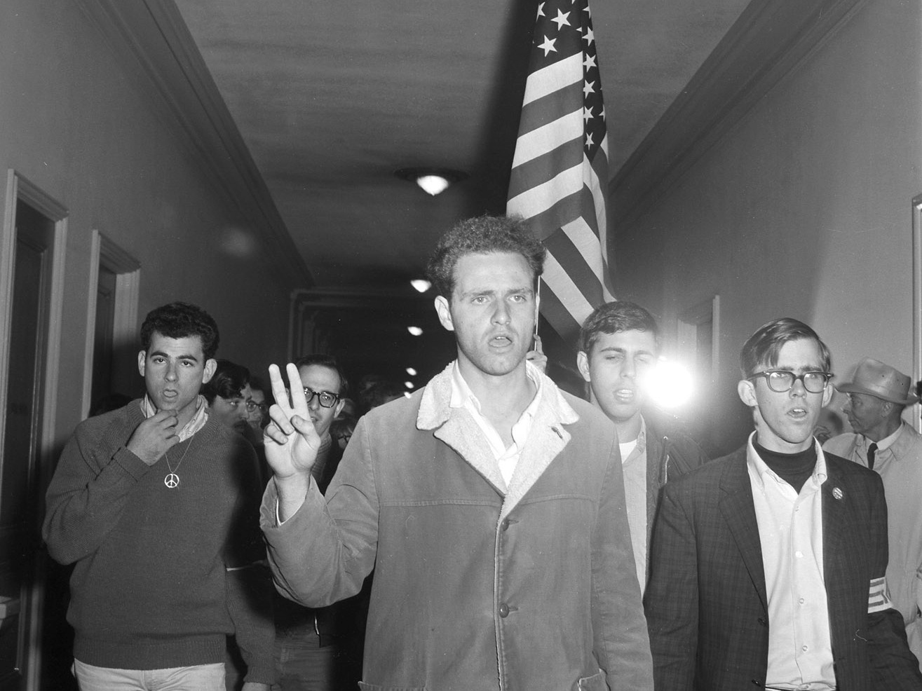 Savio-leading-demonstrators-into-Sproul-Hall-photo-1964-Warren-UC-Bancroft-Library.jpg