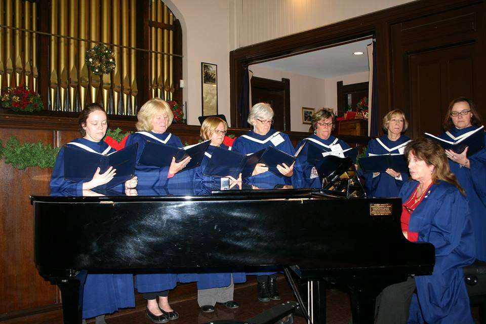 Here we have our wonderful women's choir, who grace us with anthems each week and lead us in our hymns!
