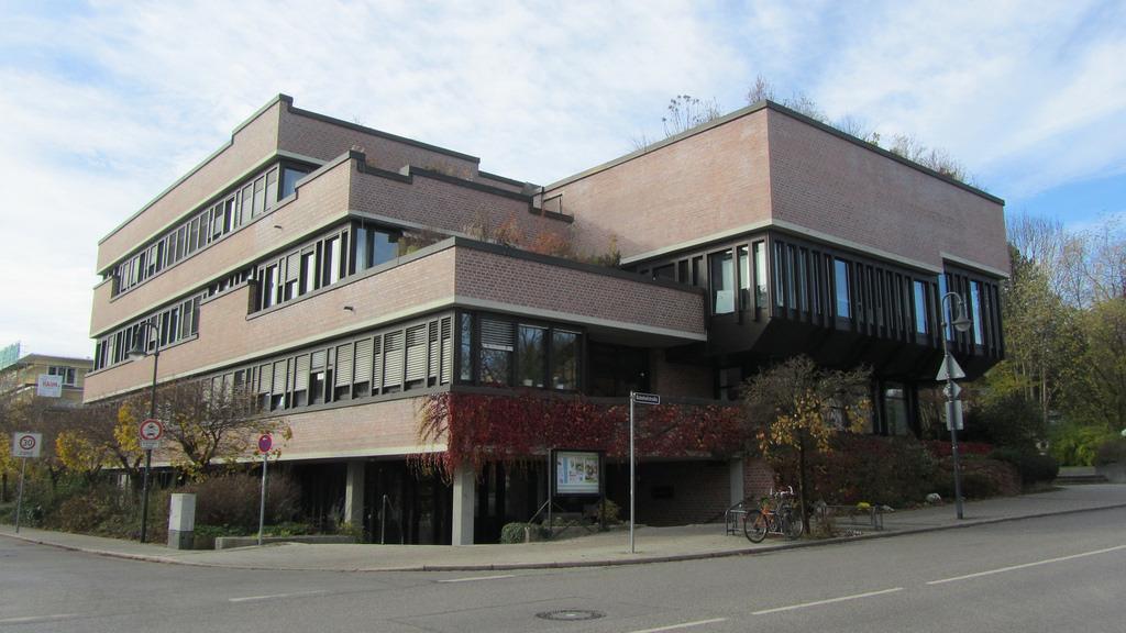 creativehouses :     Gauting, Bavaria,  Germany     Source:  catarina.berg