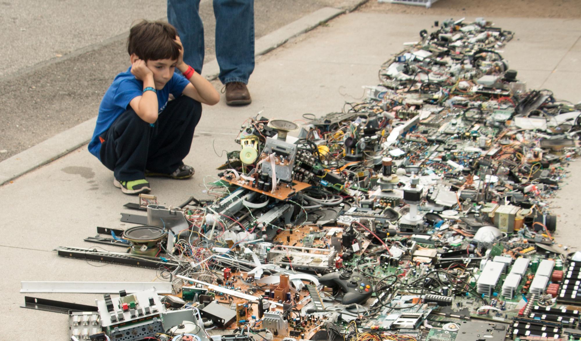 Digital Being-Map of Manhattan at World Maker Faire 2014_1200px_1.jpg