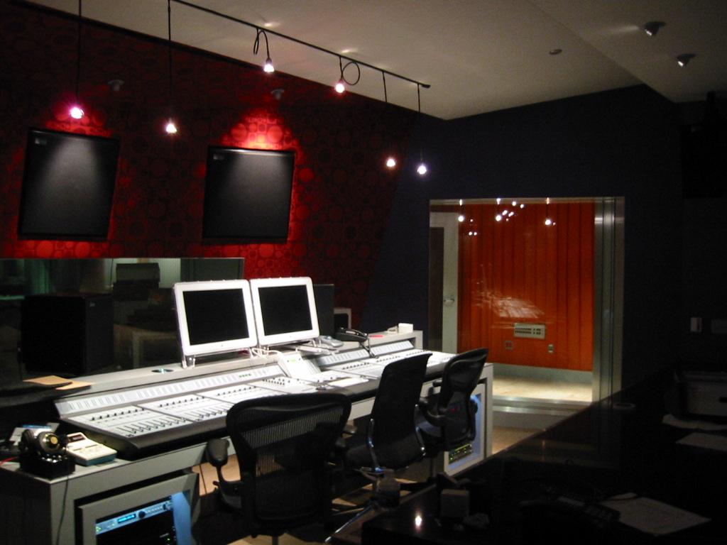 Firehouse Studios (10).jpg