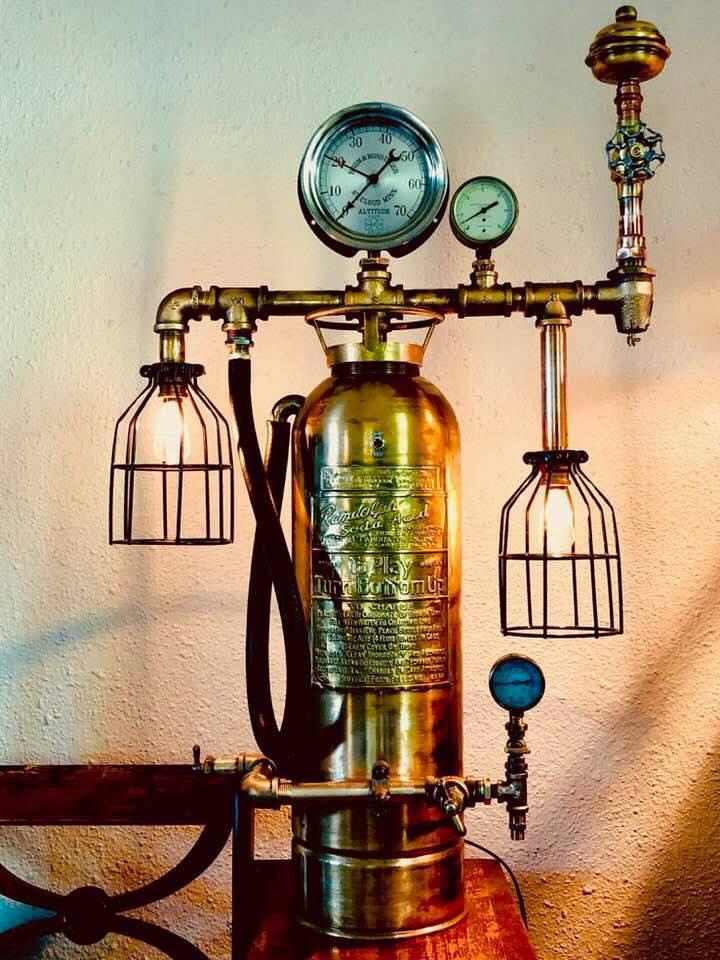 fire extinquisher lamp-2.jpg
