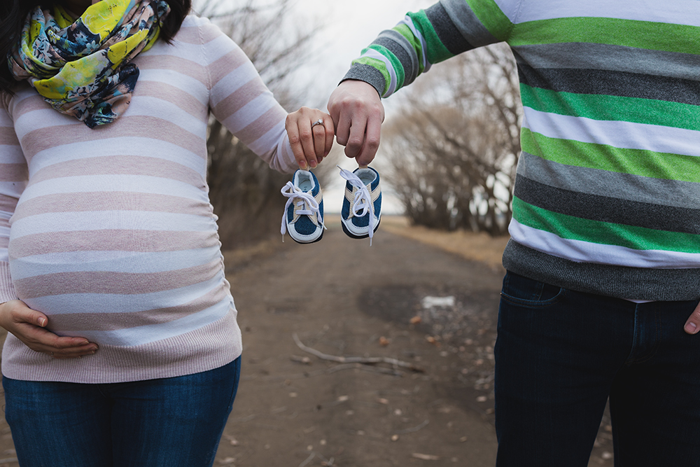 Elisa Sneak 5_Edmonton Maternity Photographer.jpg