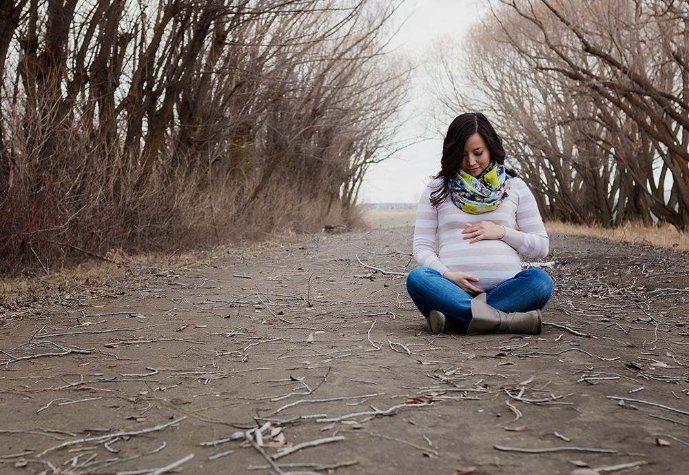 Elisa Sneak 7_Edmonton Maternity Photographer.jpg
