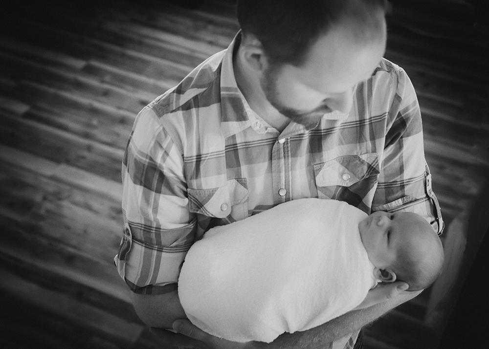 Baby Caitlin Sneak 6_Edmonton Newborn Photographer.jpg