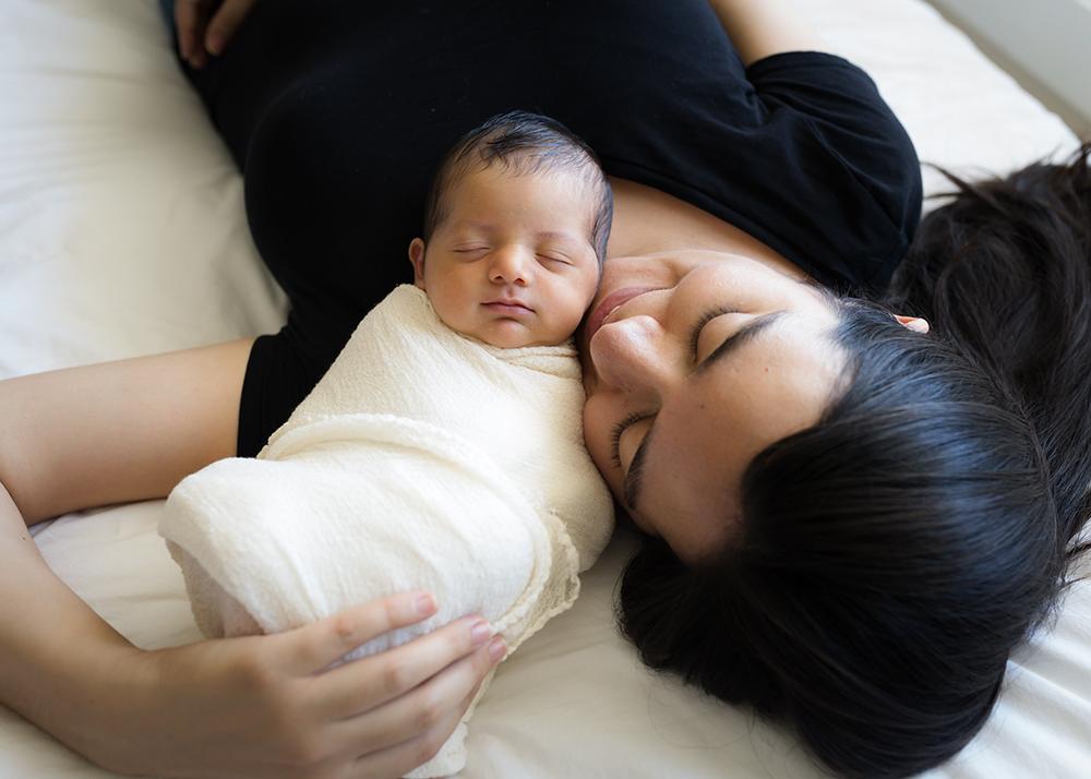 Baby Benjamin G Sneak 5_Edmonton Newborn Photographer.jpg