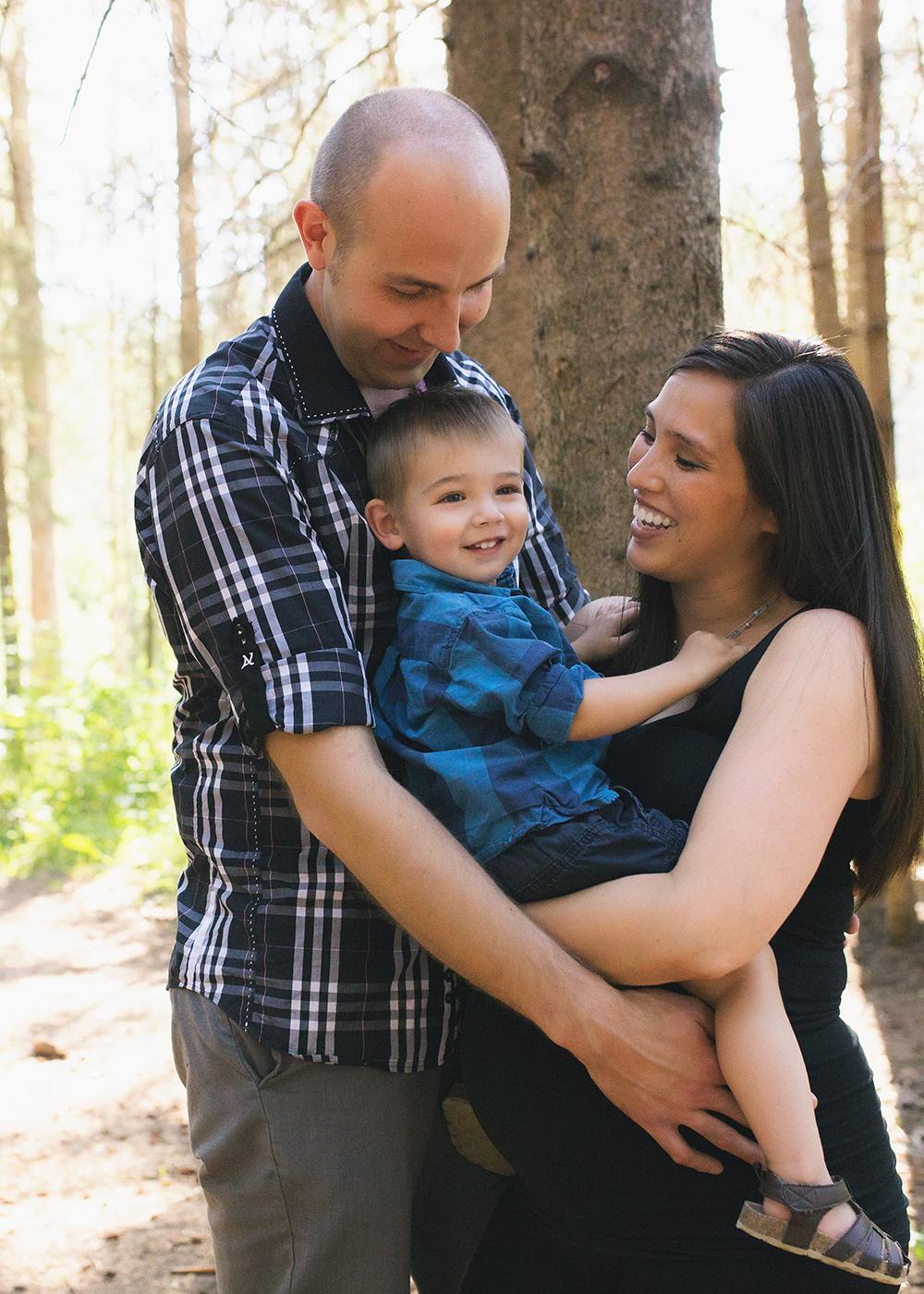 Ashley Sneak 2_Edmonton Maternity Photographer.jpg