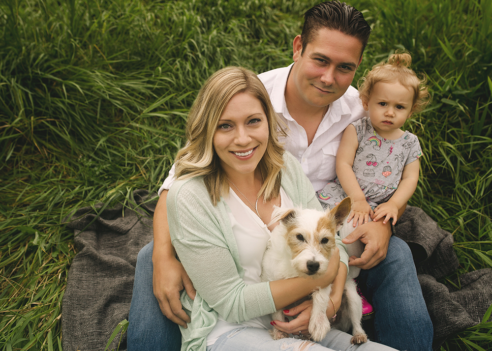 Fournier Sneak 1_Edmonton Family Photographer.jpg