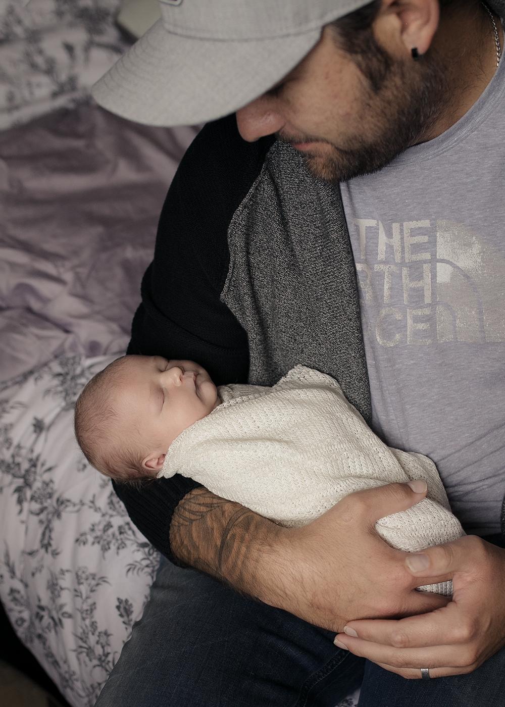Edmonton Newborn Photographer_Baby Taylor Sneak 8.jpg