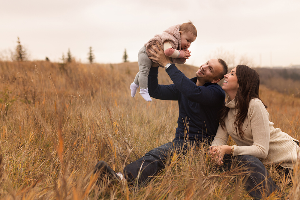 Edmonton Family Photographer_Baby Aria Sneak Peek5.jpg
