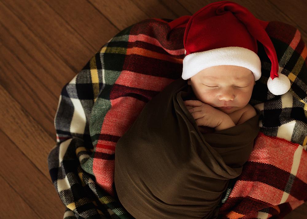 Edmonton Newborn Photographer_Baby Weston 9.jpg