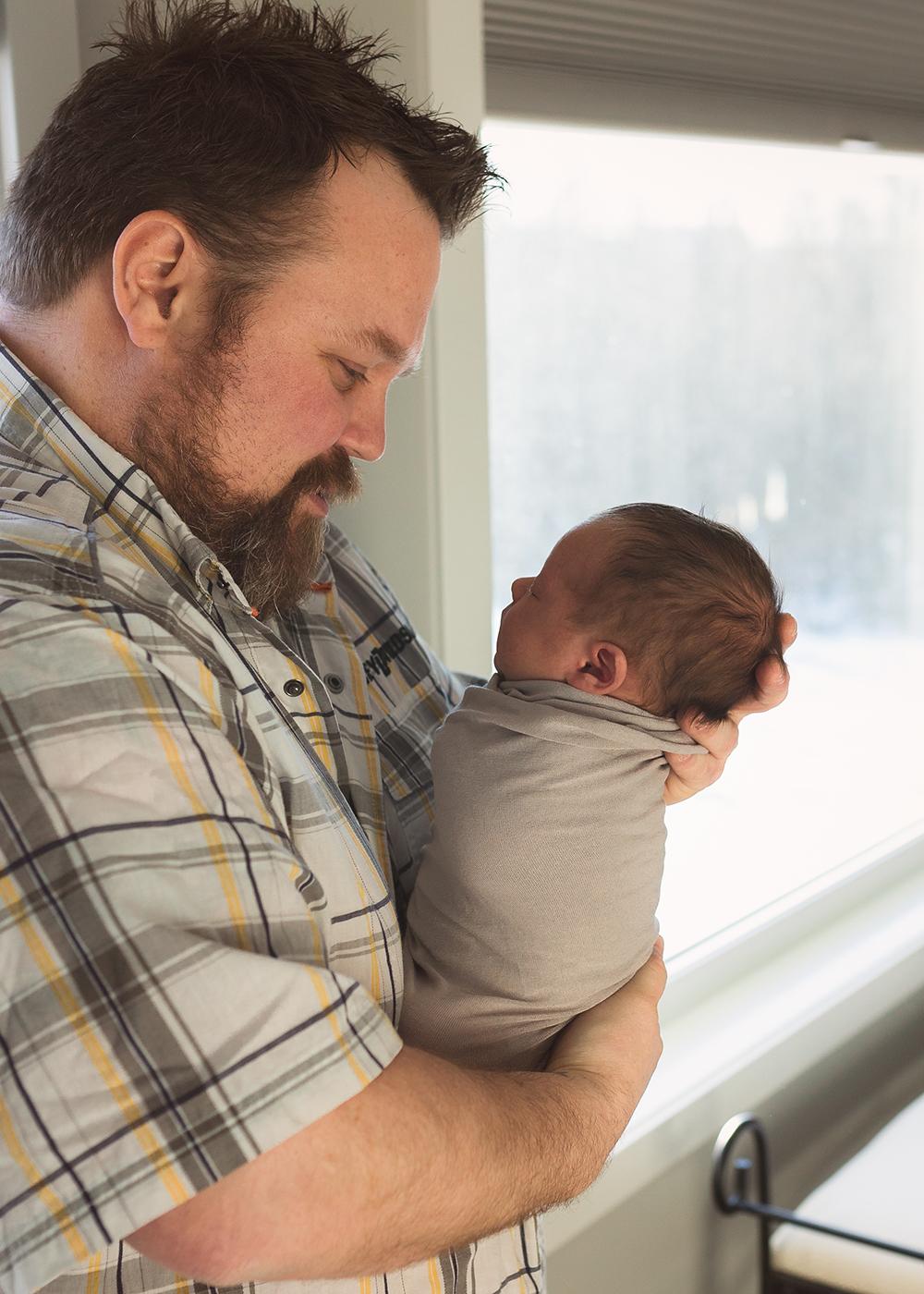 Edmonton Newborn Photographer_Baby Carter Sneak Peek 2.jpg