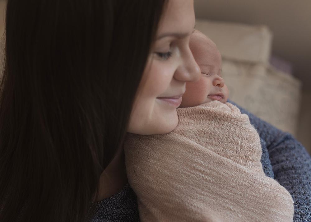 Edmonton Newborn Photographer_Baby Mackinnon Sneak Peek 4.jpg