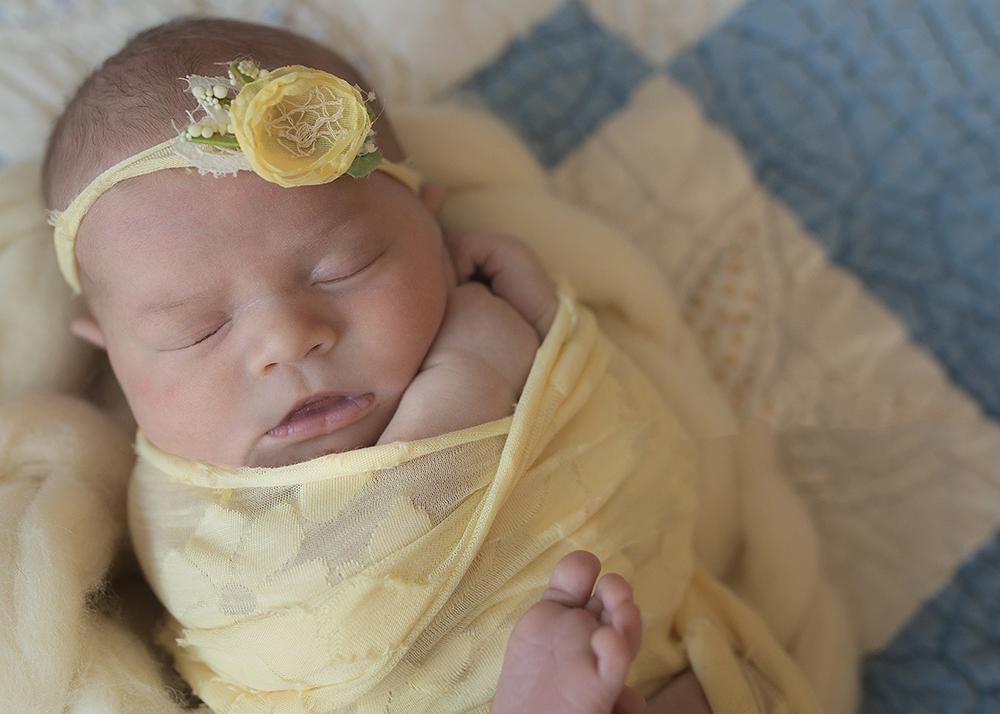 Edmonton Newborn Photographer_Baby Mackinnon Sneak Peek 8.jpg