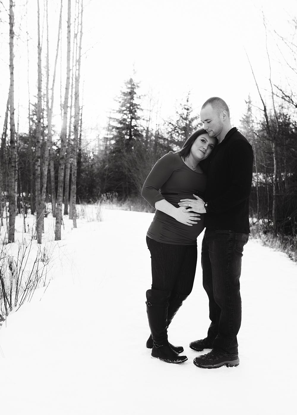 Edmonton Maternity Photographer_Sam Sneak Peek 2.jpg