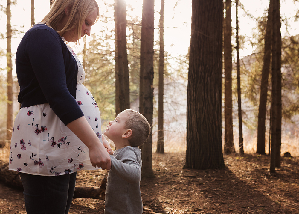 Edmonton Maternity Photographer_Jennifer Sneak Peek 3.jpg
