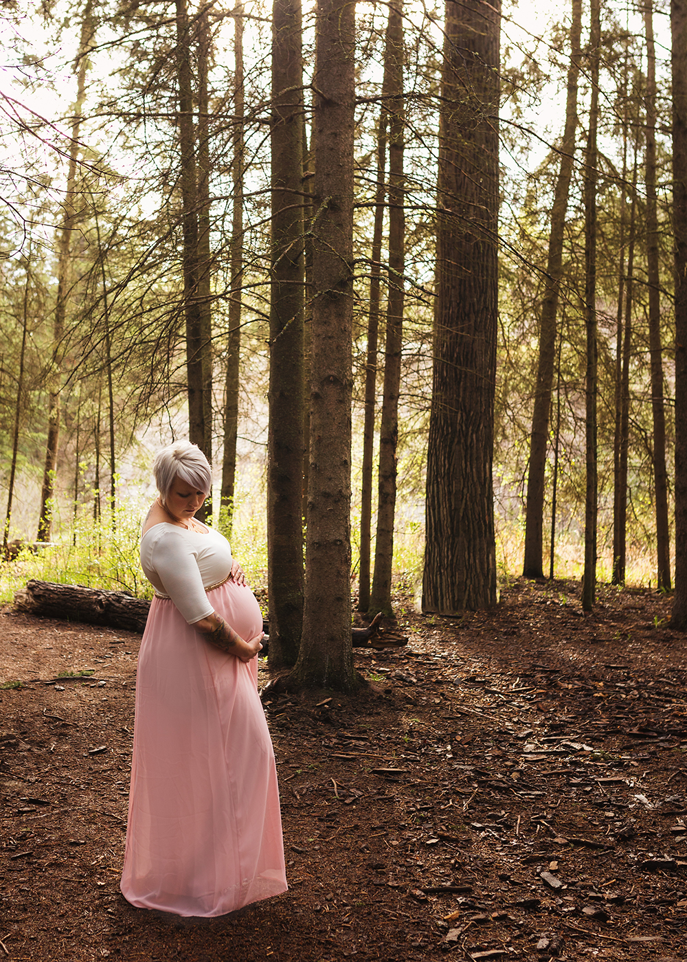 Edmonton Maternity Photographer_Chelsea Sneak Peek 5.jpg