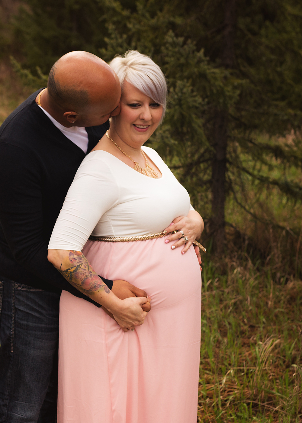 Edmonton Maternity Photographer_Chelsea Sneak Peek 8.jpg