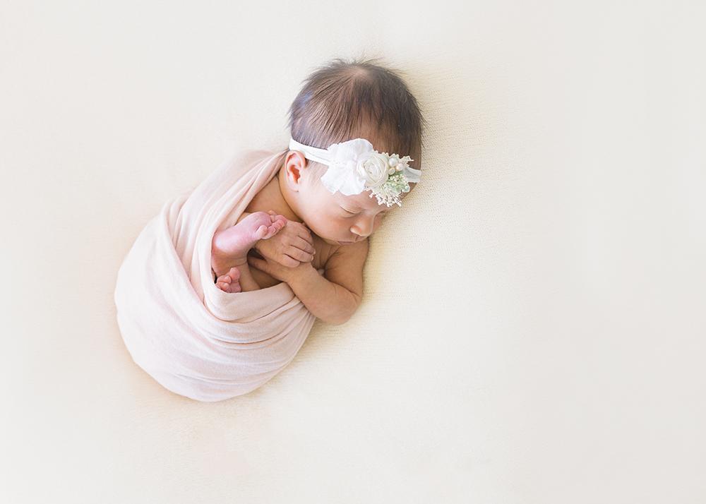Edmonton Newborn Photographer_Baby Laila Sneak Peek 3.jpg